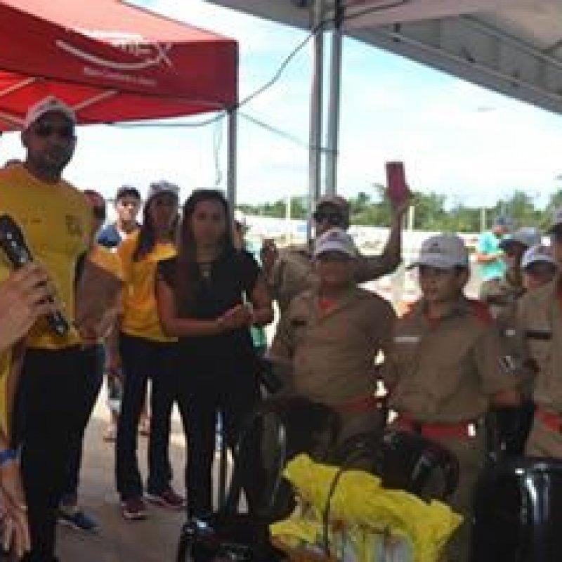 Bombeiros Mirins recebem certificados de Agente Mirim de Trânsito durante ato solene