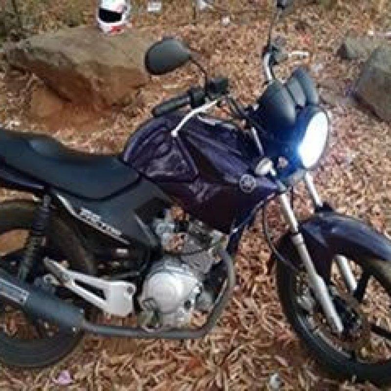 Motocicleta é furtada em frente à Prefeitura de Ouro Preto do Oeste