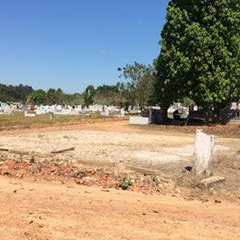 Ouro Preto: após cinco meses do desabamento, capela de cemitério ainda não foi reconstruída