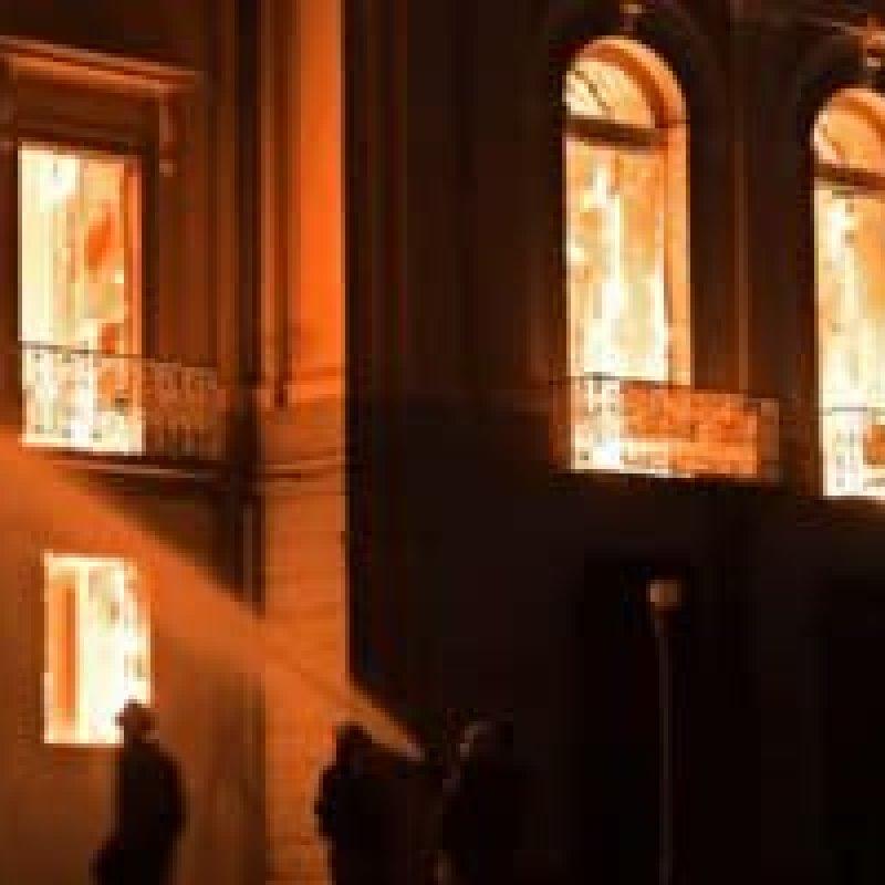 Defesa Civil entra no Museu Nacional para avaliar danos