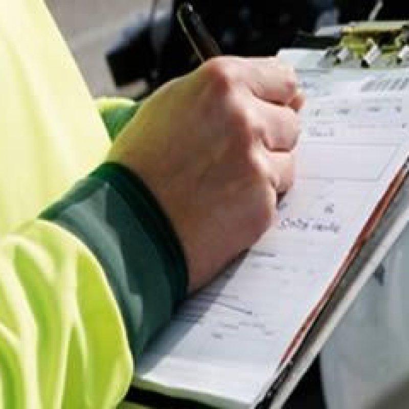 Detran é condenado a indenizar por danos morais motorista multado indevidamente