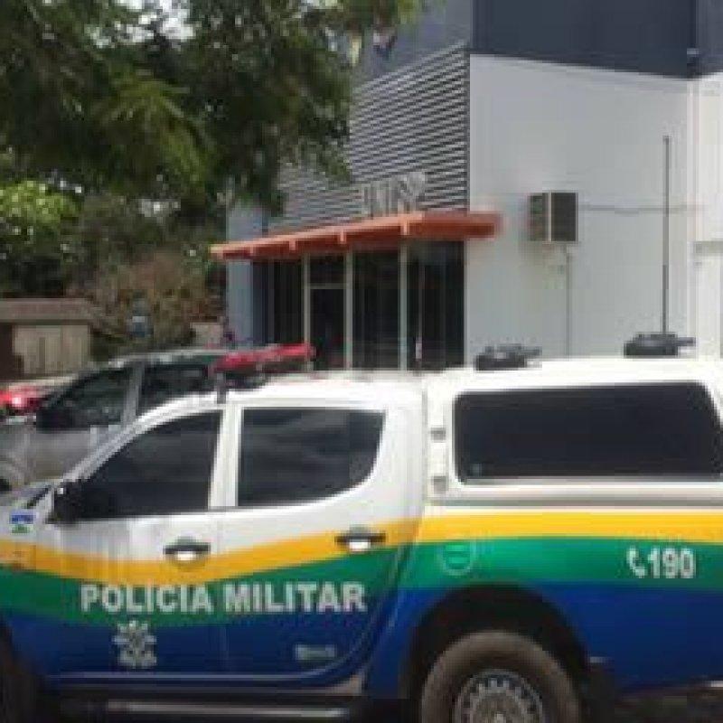 83c06c1cbfaf7 Homem é preso após ter furtado camisa feminina em loja no centro de Ouro  Preto