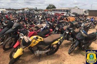 Polícia Rodoviária Federal realiza leilão de veículos apreendidos em Rondônia