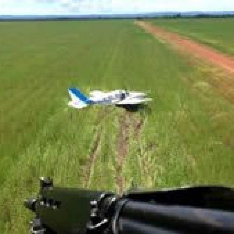 FAB intercepta avião com mais de meia tonelada de cocaína no MT