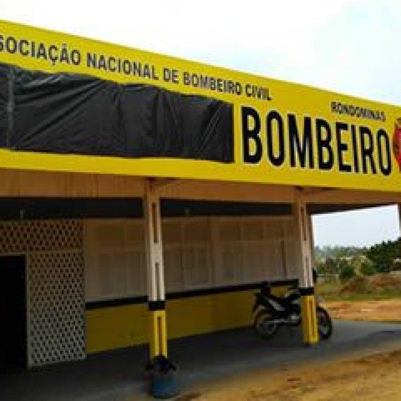 CBM-RO notifica Associação de Bombeiro Civil a retirar as palavras brigada e emergência de placa