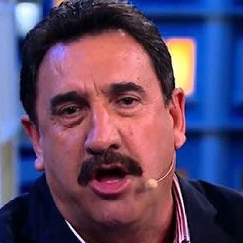 """Ratinho defende Bolsonaro e detona jornalistas da Globo News: """"Canalhas"""""""