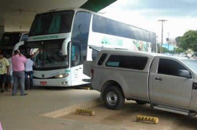 JARU: Passageiro morre dentro de ônibus durante viagem