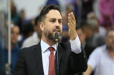 """Brasília: deputado Leo Moraes quer acabar com """"herança"""" de imóveis funcionais"""