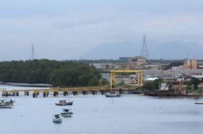 Duas embarcações afundam, 3 pessoas morrem, 9 são resgatadas e 10 estão desaparecidas na Baía de Sepetiba