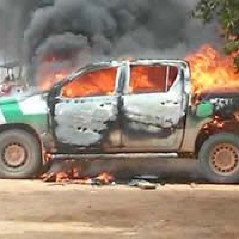 Caminhonete do Ibama é incendiada dentro de reserva em MT