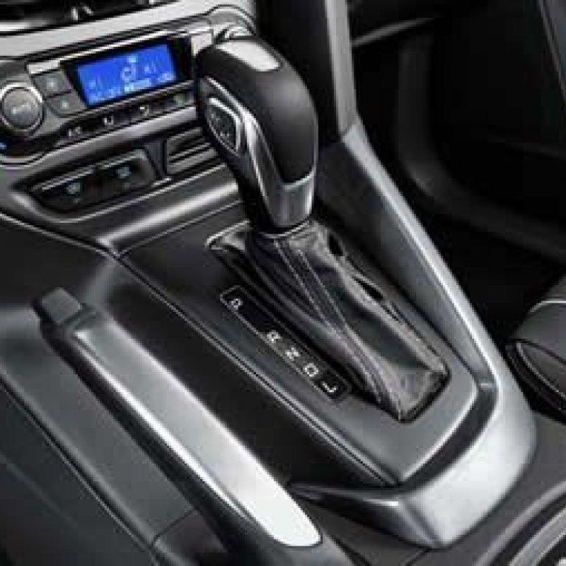 Motoristas com carro automático podem ganhar CNH específica