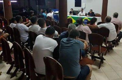 Ouro Preto: simpatizantes de Bolsonaro buscam solução para que banner não seja retirado