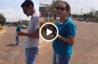 Suposta motorista mulher de UBER enfrenta taxistas na base da pistola