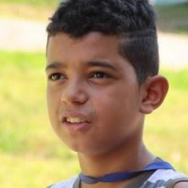Sem os braços, paratleta de 12 anos descreve uma história de superação no Joer