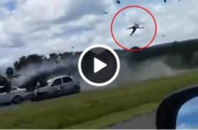 Goiás: motociclista trafega na contramão e voa ao bater de frente com carro