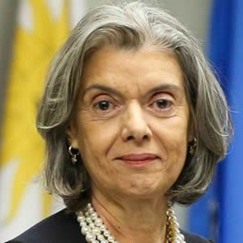 Cármen Lúcia assumirá a Presidência da República na sexta-feira