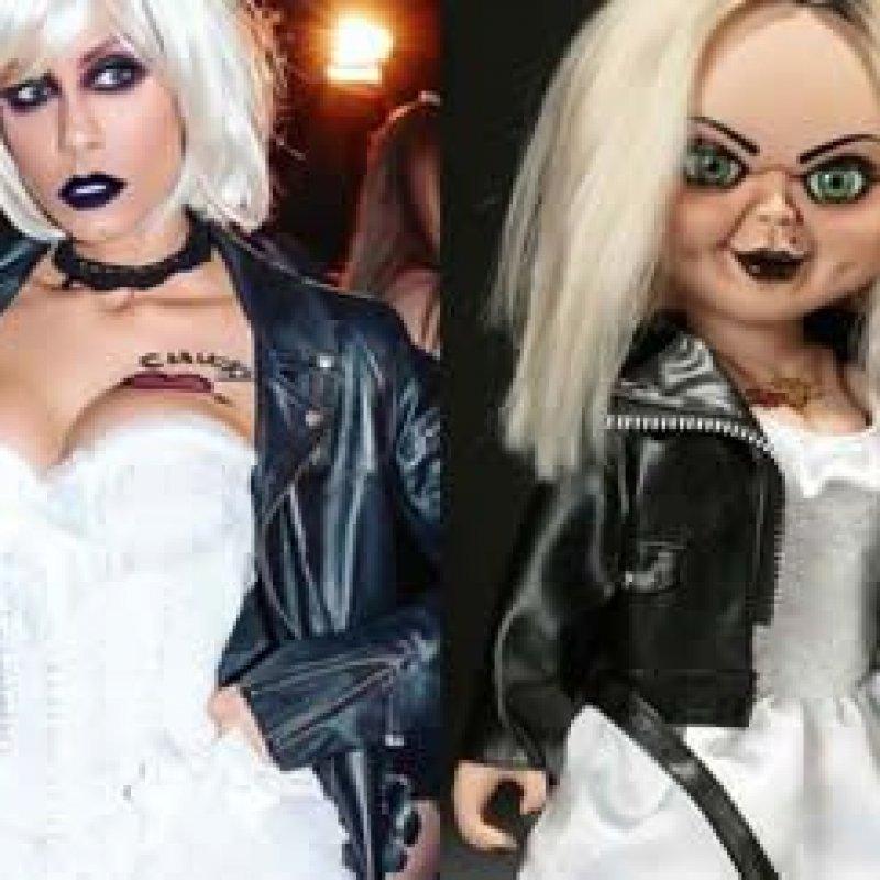 Ex-BBB se fantasia de noiva de Chucky para festa