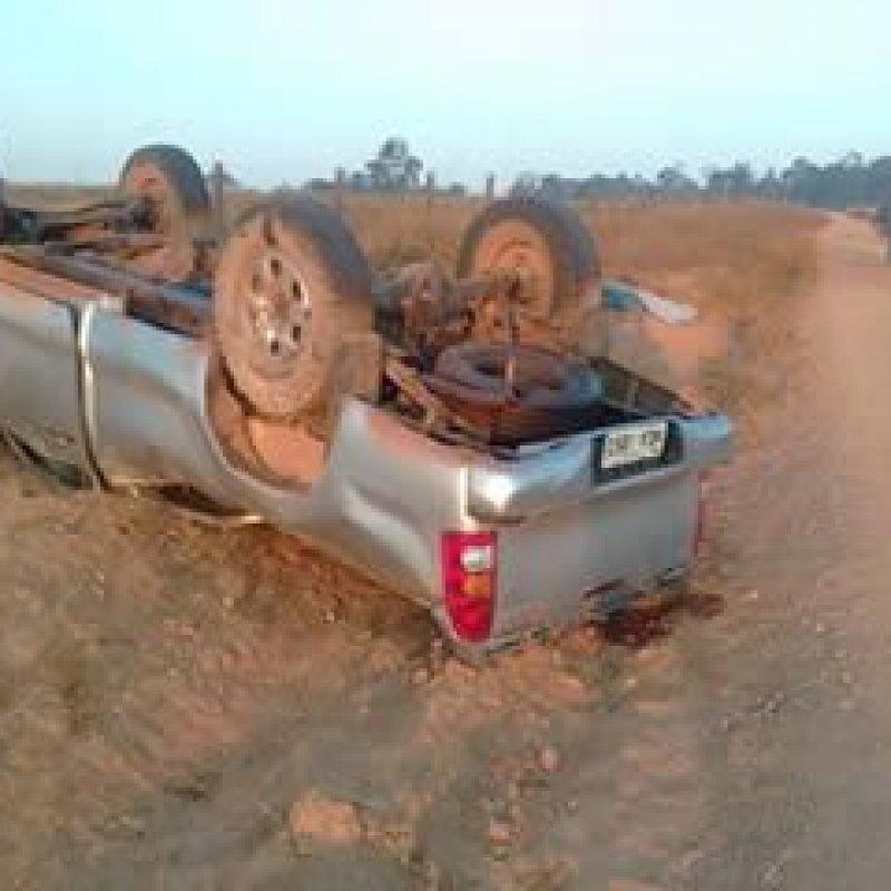 Mãe e filha morrem após caminhonete capotar em Ouro Preto do Oeste