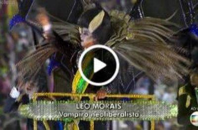 Manifestoches e Michel Temer Vampiro em defile da Tuiuti
