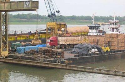 Projeto piloto de exportação de algodão tem início no Porto de Porto Velho