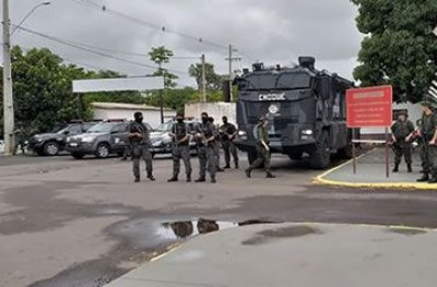 Integrantes de facção criminosa de SP são transferidos para presídio federal em RO