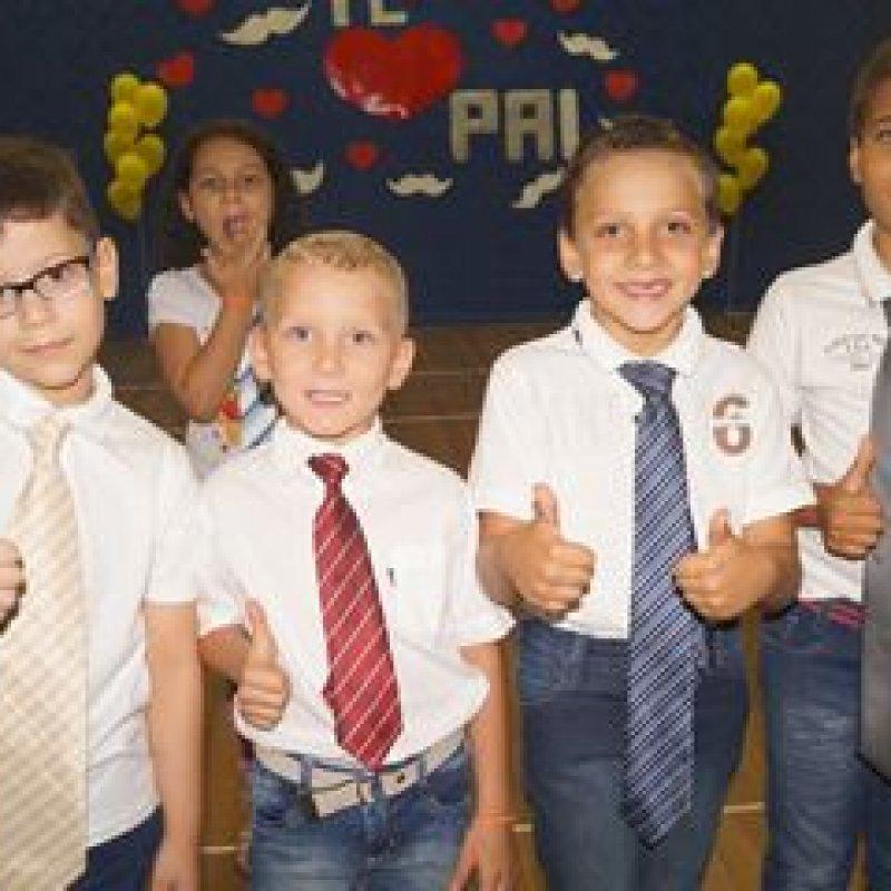 Escola Cecília Meireles promove evento em homenagem ao Dia dos Pais