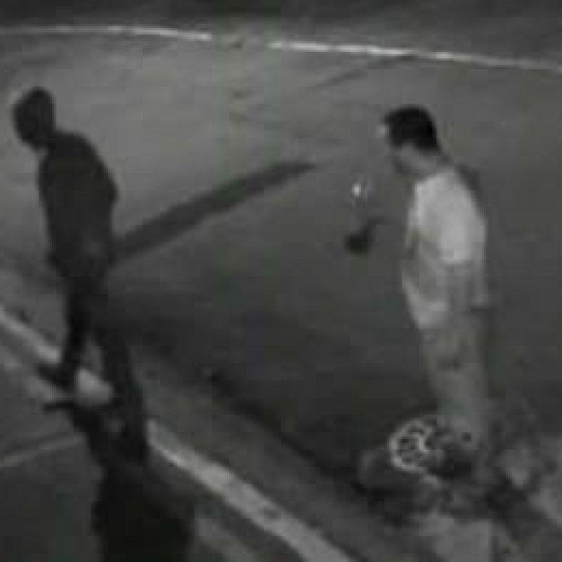 Trio foge ao quebrar braço de rival a pedradas após briga em casa de shows