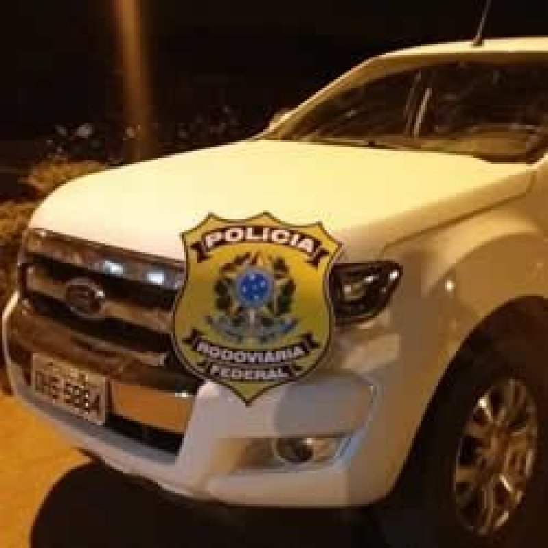 Bandidos trocam tiros com a PRF durante roubo a caminhonete em Rio Crespo