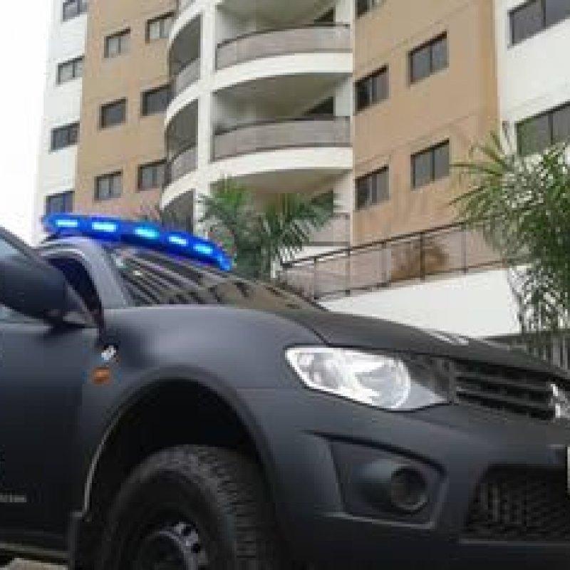 Cinco jornalistas são presos por extorsão de autoridades públicas e empresários