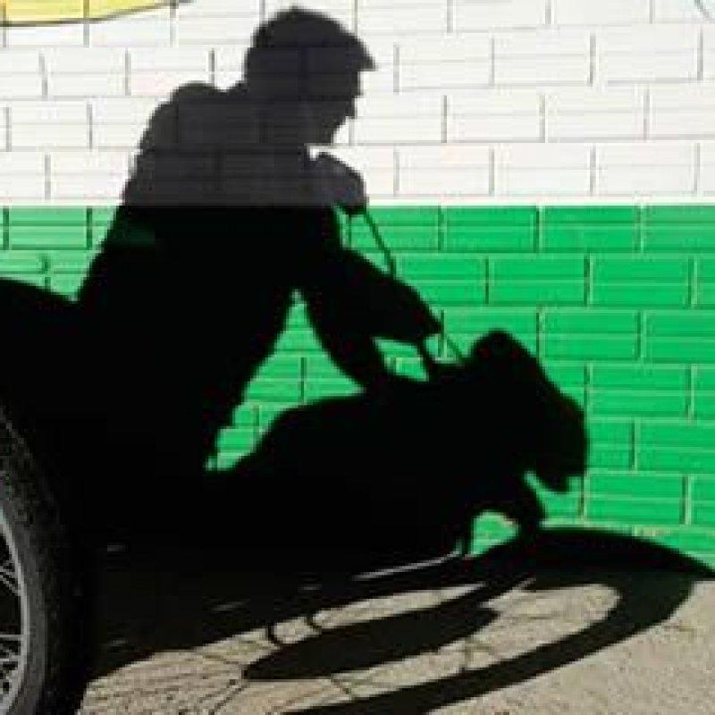 Motocicleta é furtada em frente ao portão do Ginásio Municipal de Mirante da Serra