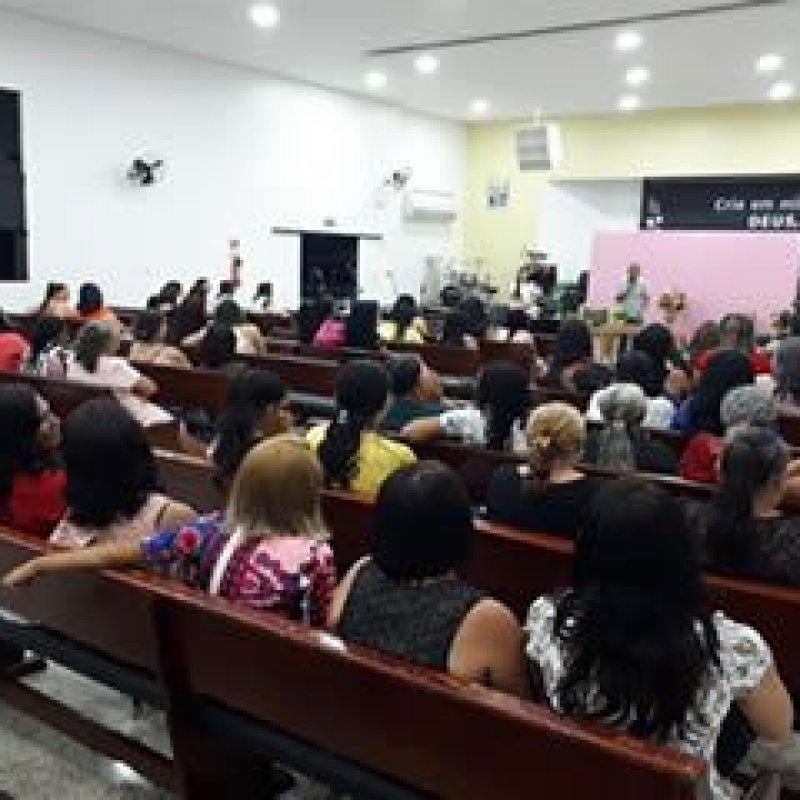 Igreja evangélica promove culto em homenagem ao Dia Internacional da Mulher