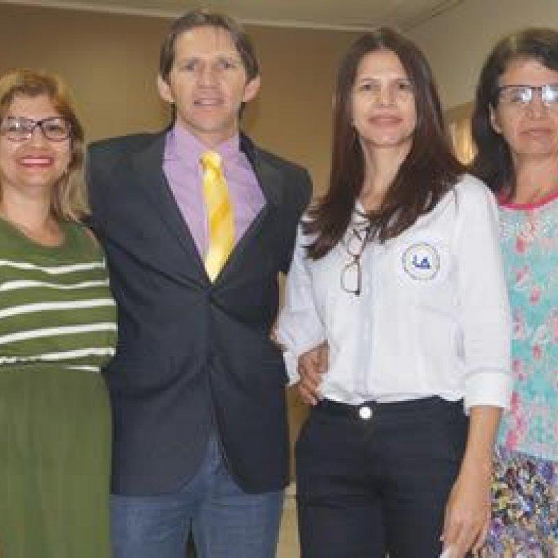 Câmara Legislativa recebe visita de alunos da Escola Joaquim de Lima Avelino
