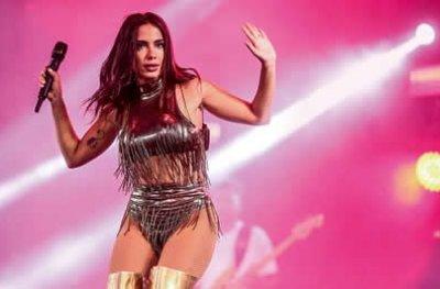 Anitta rebate nota de repúdio sobre show em Cacoal e diz ter cumprido toda programação