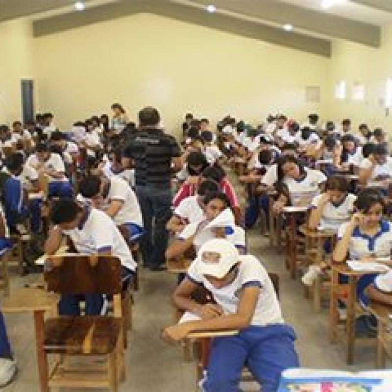 Matrículas nas escolas estaduais de Rondônia começam nessa sexta-feira pela internet