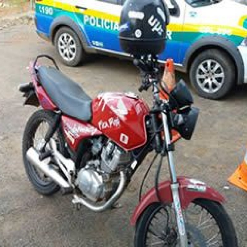 Ouro Preto: jovem é detido por policial civil, praticando direção perigosa