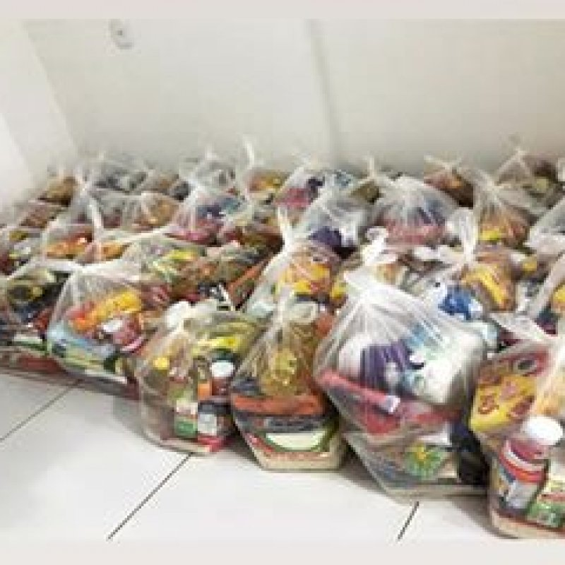 Ordem DeMolay arrecada mais de meia tonelada de alimentos durante ação solidária