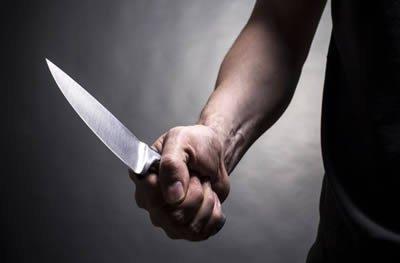 Ouro Preto: mulher é assaltada por dupla armada com faca e tem bolsa roubada