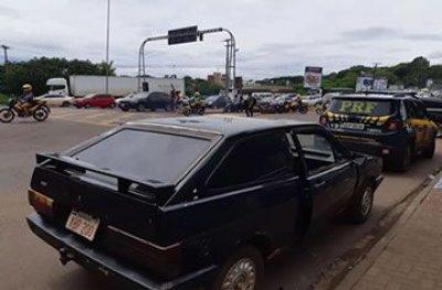 Carro furtado há 30 anos em SP é recuperado na fronteira com o Paraguai