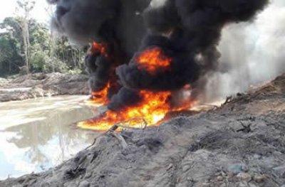 Garimpos ilegais em reservas indígenas são desativados pela Polícia Federal e IBAMA