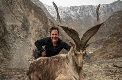 Milionário americano paga R$ 410 mil para matar cabra rara e gera revolta