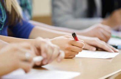 Concursos públicos oferecem 34.711 vagas com salários de até R$ 27,5 mil