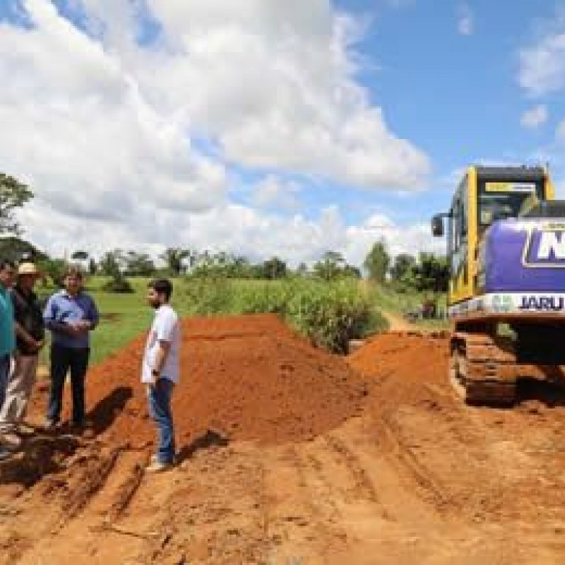 Prefeitura de Jaru intensifica instalação de tubos armcos com recursos do dep Marcelino