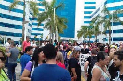 Trabalhadores em educação do Estado entram em greve a partir desta quarta-feira (21)