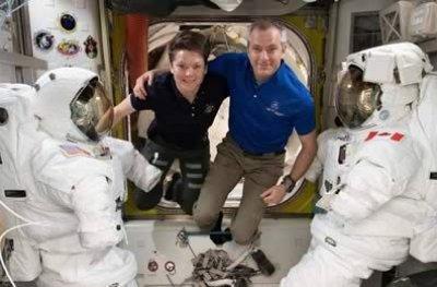 Nasa confirma a primeira caminhada espacial feita só com mulheres