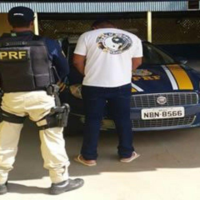 Condutor é flagrado pela Polícia Rodoviária Federal com CNH falsa em Jaru
