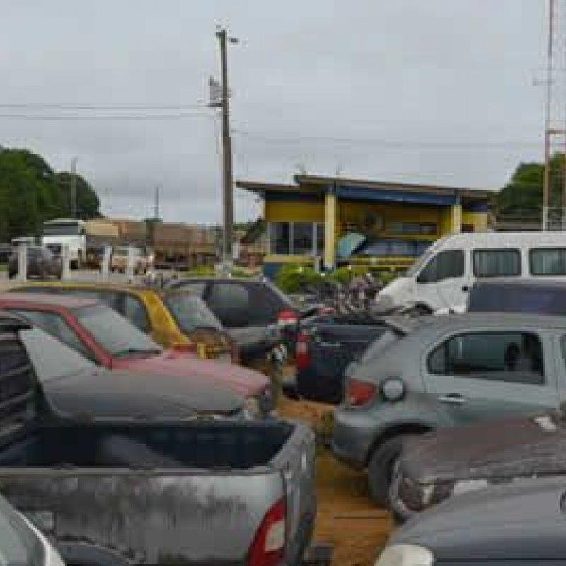 PRF leiloará mais de 500 veículos apreendidos em Rondônia