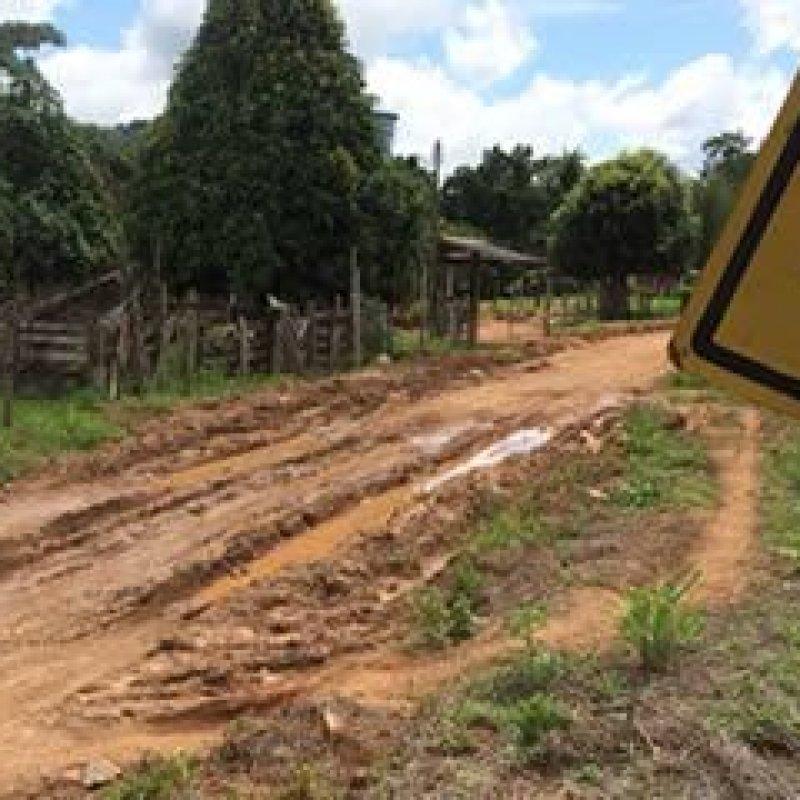 Ouro Preto: serviço da Prefeitura se transforma em atoleiro e causa revolta a moradores
