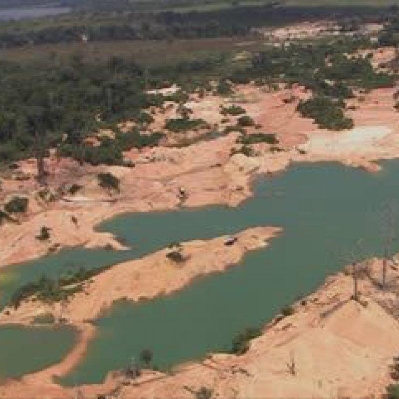 Ibama descobre garimpo 'gigante' de minério dentro de reserva, em RO