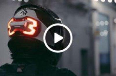 Novidade: Luz de freio para capacete