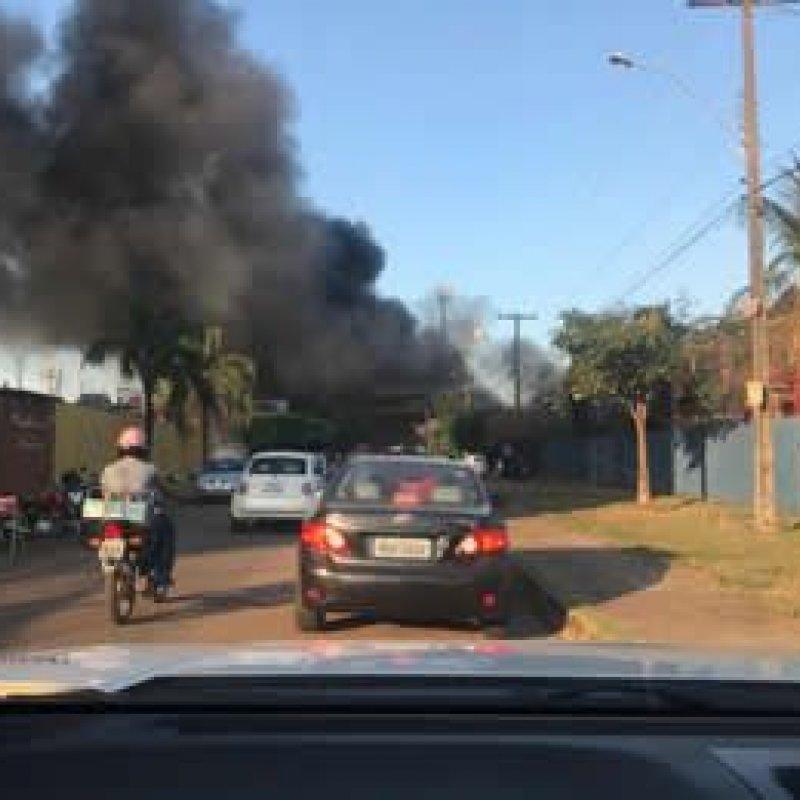 Incêndio atinge pátio do Denarc da Polícia Civil